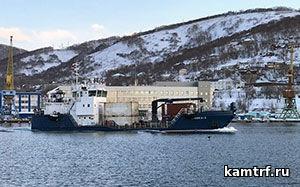На Командоры отправилось судно с продуктами и подарками к Новому году