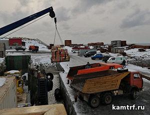 Судну «Капитан Финашин» удалось доставить продукты на остров Беринга в «окно» между постоянными штормами. Фото 2